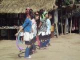 Народный танец каренов