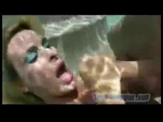 Брызги спермы под водой (underwater cumshots)