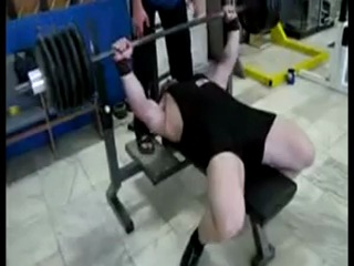 Дмитрий Касатов - жим лежа 240 кг (3 раза)