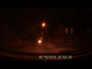 езда по городу в темное время суток