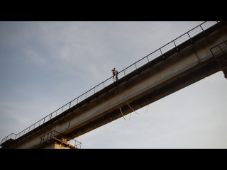 Прыжок с Моста 25 м. Бельцкий округ , октябрь 2013 .