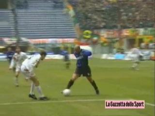 Легенды мирового футбола. Роналдо Луис Назарио де Лима (Ronaldo Luís Nazário de Lima)