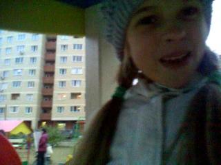 Две безбашенные девчонки!)))