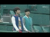 130416 Super Junior Yesung Kyuhyun at Sajik Baseball Stadium in Busan