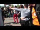 Этнические. Узбеки, казахи, таджики танцуют в центре Тюмени