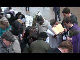 Крестный путь курских католиков на Вербное воскресение 01 04 2012