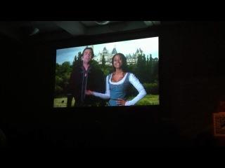 Послание Энджел Коулби для фанов сериала «Мерлин» на Комик-Коне в Сан-Диего