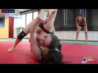 Italian Female Wrestling