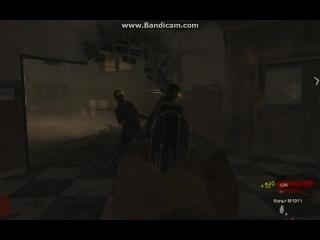 учимся лёжа убегать от зомби :D