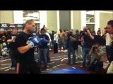 Открытая тренировка Джуниора Дос Сантоса и Кейна Веласкеса перед UFC 146