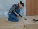 Помогаем тёте Гале делать ремонт