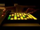 DJ Madeon Pop Culture (live mashup) играет на Launchpad