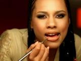 Alicia Keys - How Come You Dont Call Me
