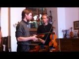 Олоф играет на скрипке