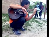 Песни под гитару (Тимур Муцураев-Твоя нежная походка) спел круто, хороший голос, красаучик