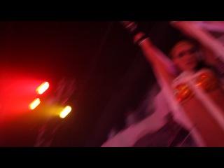 ICON (Москва) Вокал звезда испанской танцевальной сцены Javi Reina. Замутила ахеренный битбокс...все были в шоке)))