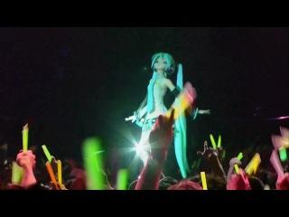 Hatsune Miku - World is Mine Live in HD Выступление вживую вокалоида