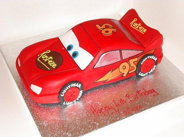 Кулинария: торт-машинка Молния