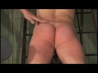 наказание парней поркой