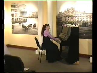 В.А.Моцарт Соната №12  фа мажор (KV-332), I часть / Исп. София Решетникова (клавир)