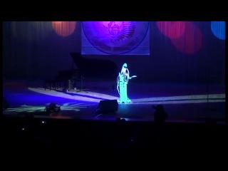 это невероятно! дух захватывает. песня плавы лагуны из 5 элемента. девочке 10!