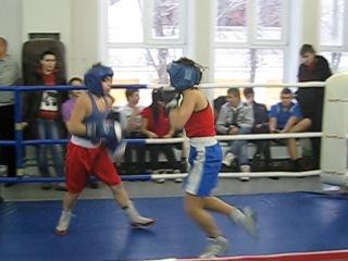 Бокс в г. Коломна Владимир Козлов 25 декабря 2010 (2 раунд)