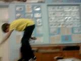 о эти пять минут тусни,когда учитель выходит из класса:D