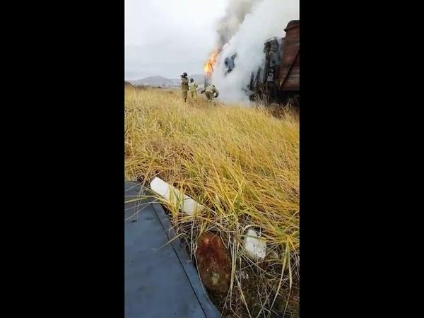 Железнодорожные вагоны вспыхнули в Холмске