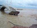 Отдых в Дивноморске 07.07.2012 мостик на набережной