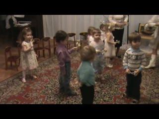 Елка в детском саду теремок