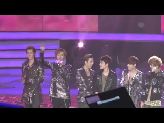 120917 EXO The 5th Mengniu Music Billboard Award 最佳造型奖