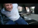 Пьяный мужик устроил драку с полицией