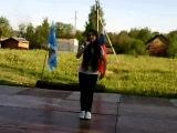Наташа Саркисян поёт песню:*Очень красиво поёт)