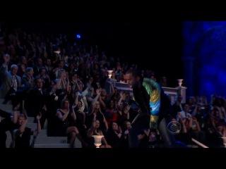 Kanye West - Stronger (Live at Victoria's Secret Fashion Show)