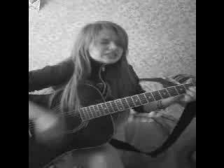 Олеся Троянская умерла от рака 22.07.1995,так и не успев записать песню.95.