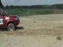 Проездом через Никольск ралли Париж-Даккар ,12.06.12г.,14.35. Помогаем вытащить из песка джип участников ралли.