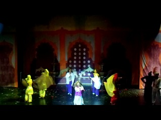 Aladdin show Vogue Avangard 2011