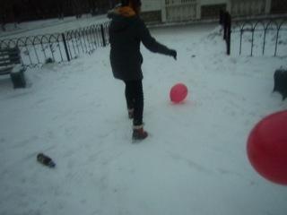 Как мы лопали шарики D