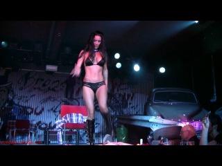 Лучшие эротические шоу на грани порно: Синтия