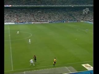 Лига Чемпионов 2004 2005 Групповой раунд Группа В 2 тур Реал Мадрид Испания Рома Италия 2 тайм