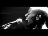DAVID BOWIE - under pressure - Live REALITY TOUR - with GAIL ANN DORSEY
