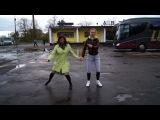 Юлька и Лизка даёт концерт для жителей г.Кингисепп