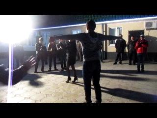 адыги танцуют(кабардинцы, свадьба)