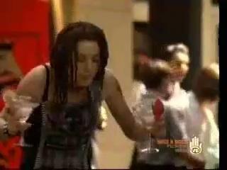 Зои в сериале Конкурентки(Сверхновая звезда, Instant Star 2006-2007гг)