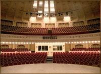 Большое значение придается акустическим характеристикам демонстрационных и концертных залов, радио- и телестудий...