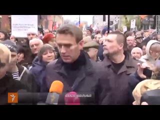 Марш в защиту политзаключенных 27 октября 2013 года. Интервью - Алексей Навальный.