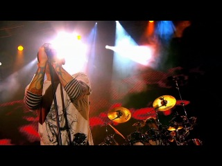 Linkin Park - The Little Things Give You Away (Road to Revolution 2008) HD
