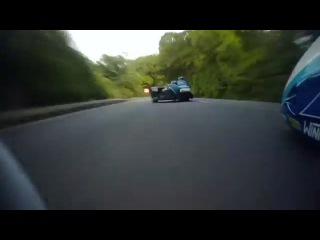 Гонки на мотоцыклах с каляской.Остров Мэн