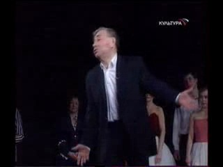 Я никогда не буду высоким и красивым(М.Жванецкий.М.Светин исполняет на своем юбилее в Театре Комедии