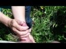 Зрелка решила поработать ручками на природе. Русская озвучка (mature, MILF, BBW, мамки порно со зрелыми женщинами)(hotmoms_18 plu